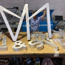 custom-sign-fabrication-mcneill-signs-vv13